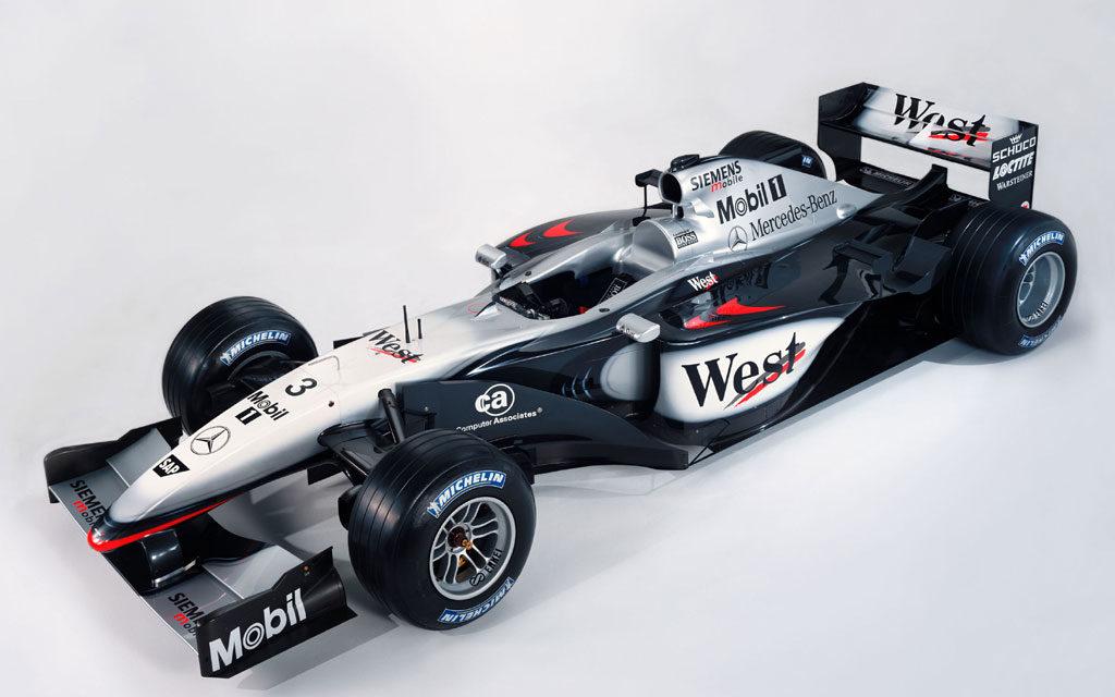 F1: Schumacher en course, Bridgestone jette l'éponge