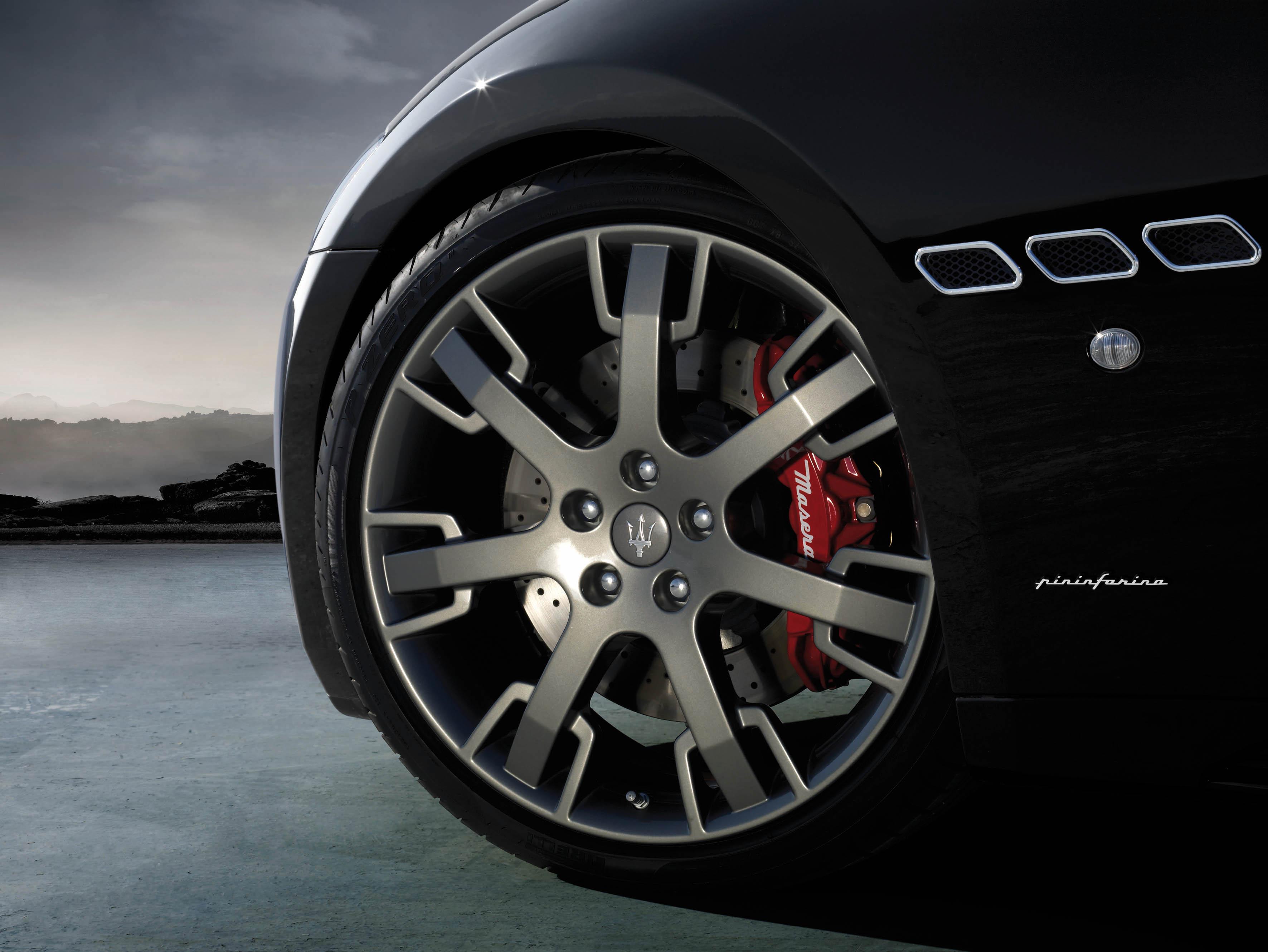 Detail jante Maserati GranTurismo S
