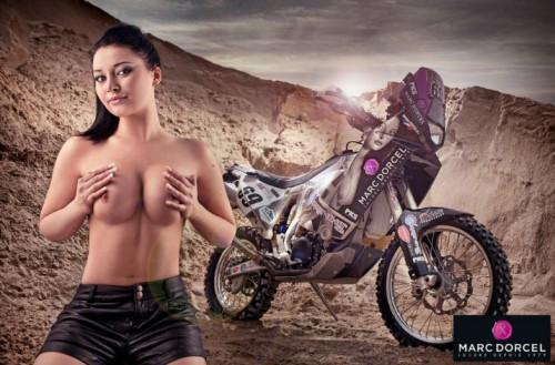 Anna Polina aime le Paris Dakar et la moto !