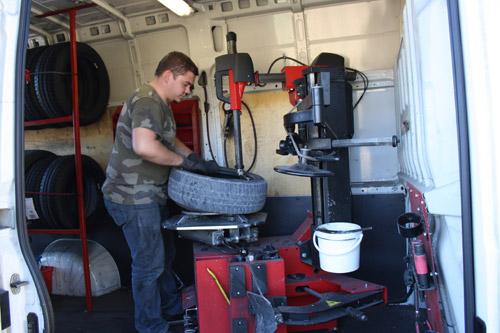 comment devenir monteur de pneu