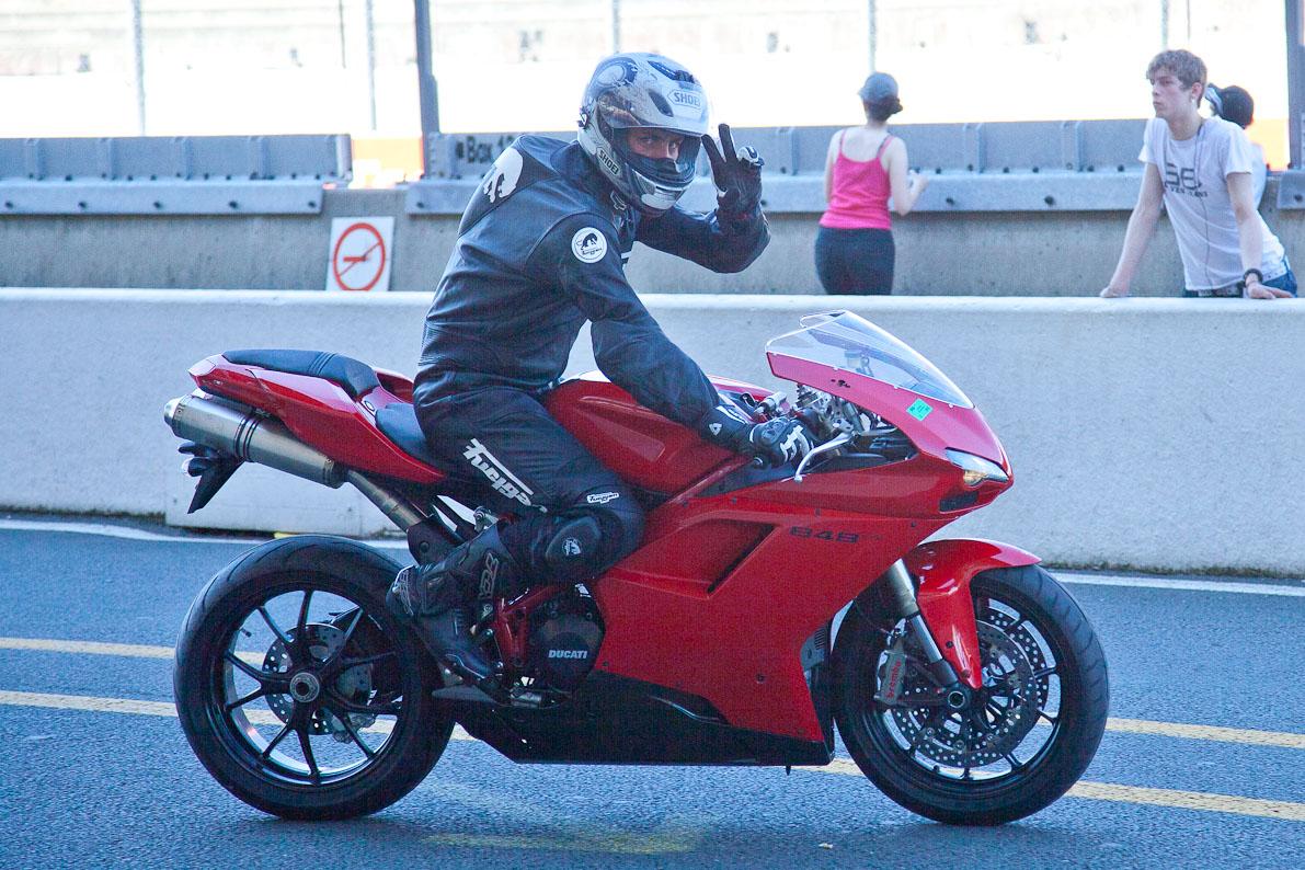 Test pneu moto, comparatif pneus moto : Test Pneus Online
