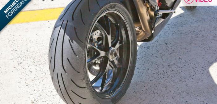 test pneu moto michelin power pure le supersport. Black Bedroom Furniture Sets. Home Design Ideas