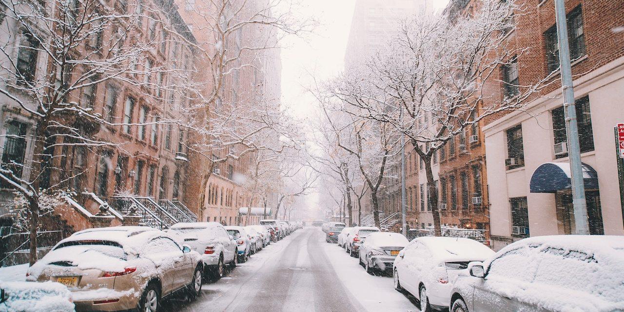 En voiture l'hiver : nos 10 conseils pour rouler en sécurité