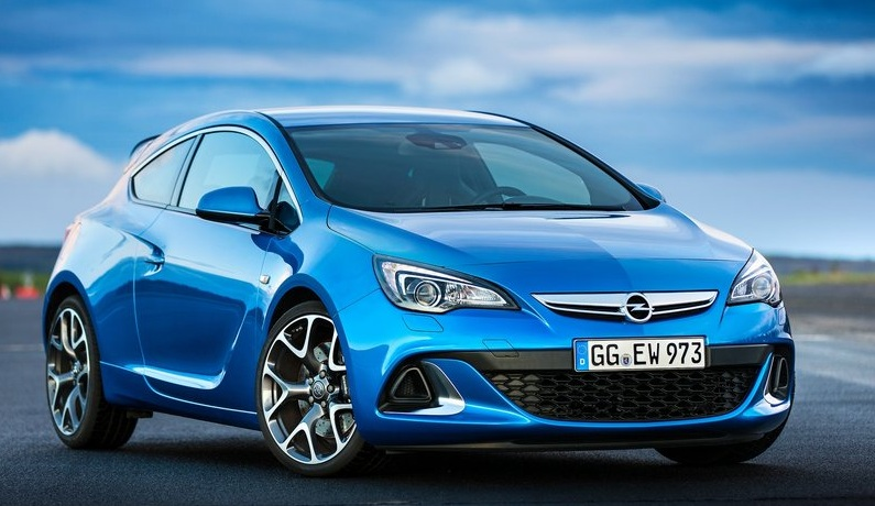 Opel-Astra_OPC_2013