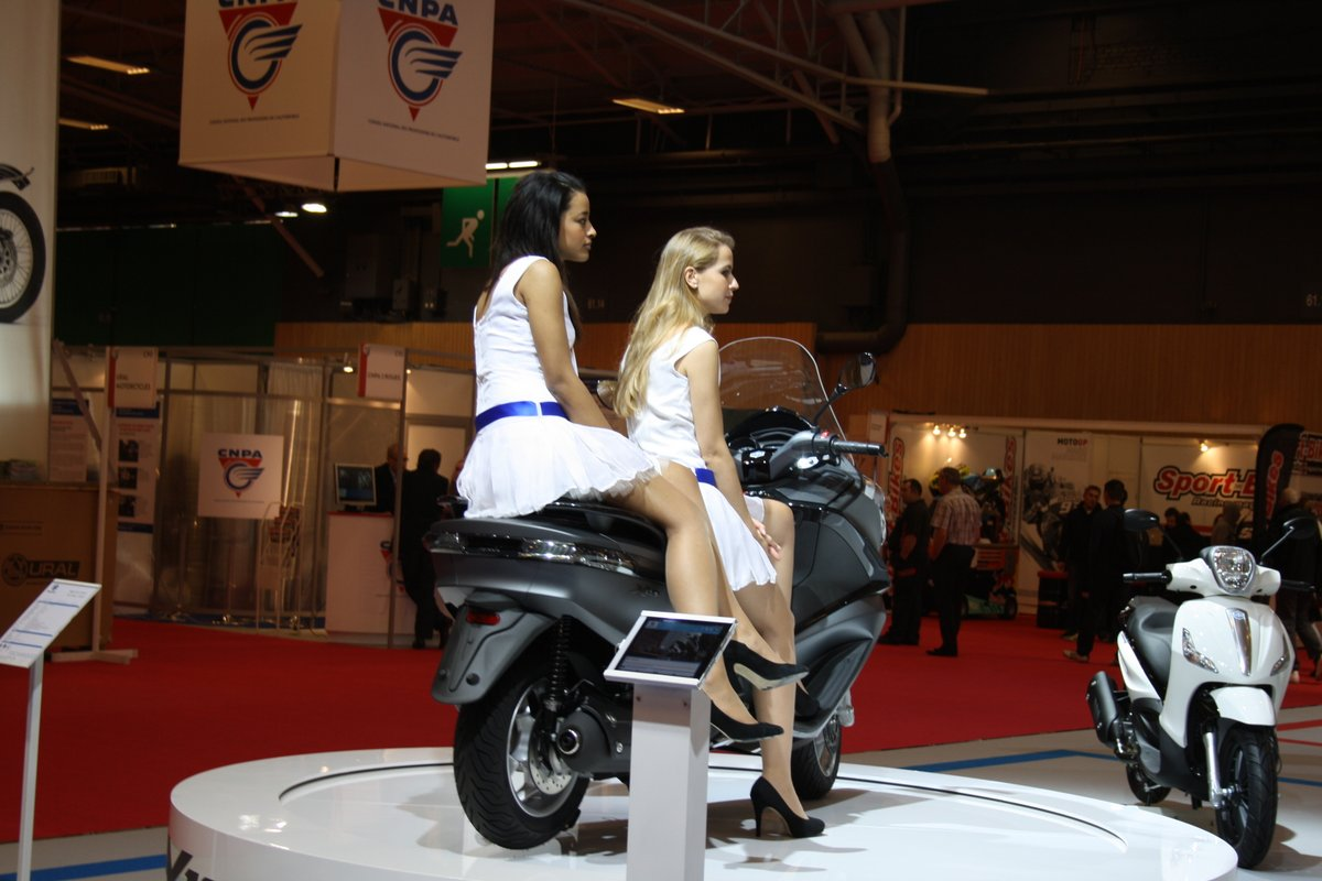 Salon de la moto paris 2013 3 3 les hotesses 26 images for Salon de la photo paris