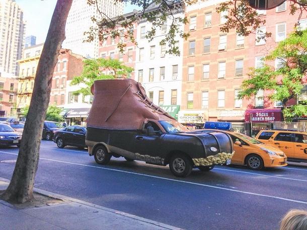 voiture chaussure