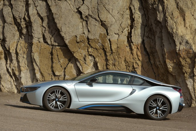 Bridgestone BMW i8.jpg