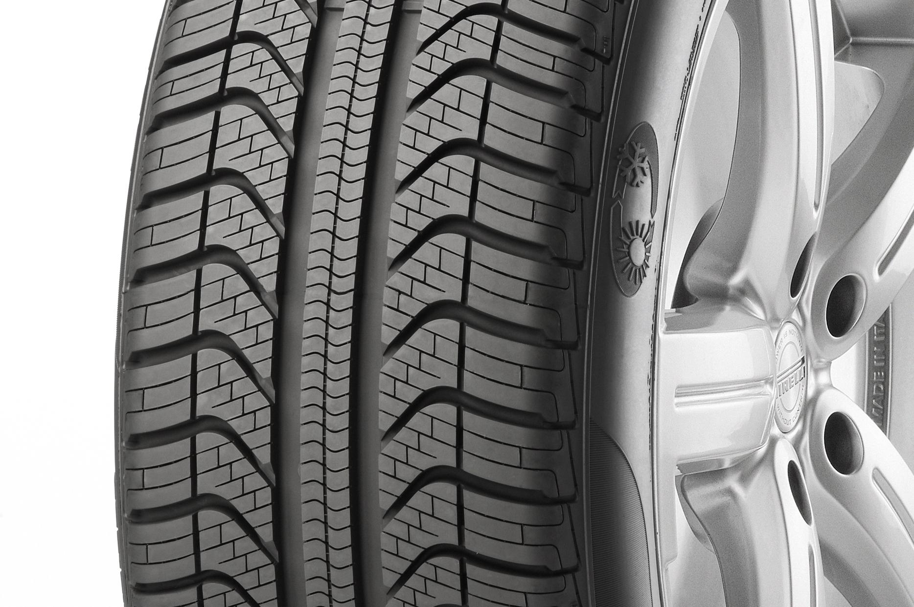 focus sur le pneu toute saison de pirelli le cinturato all season chewing gomme