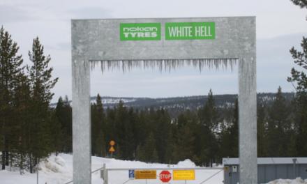 Invitée par Nokian à Ivalo en Laponie, Finlande : essai du WR D4 et pilotage sur glace