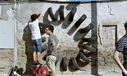 Le pneu usagé, cet art de la rue (Barcelone, mai 2015)