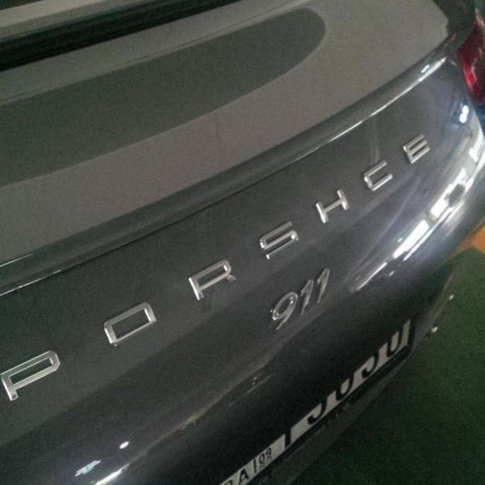 Le propriétaire du véhicule a voulu faire réparer son véhicule, mais apparemment le technicien a apporté sa touche personnelle !