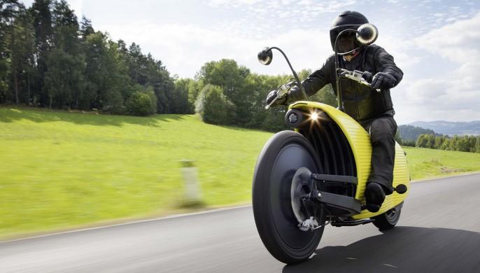 Elle est sympa cette moto vous ne trouvez pas ?