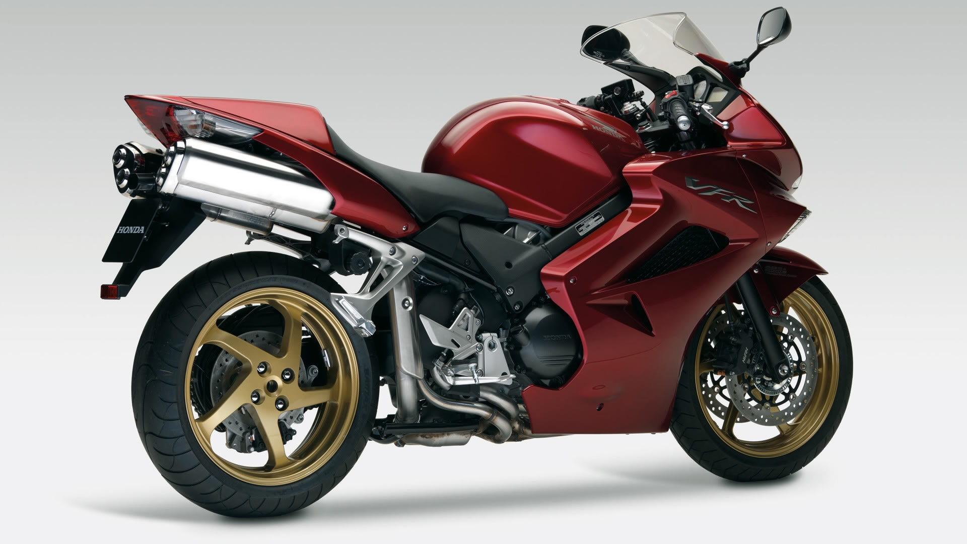 nouveaut pneu moto 2016 dunlop sportmax roadsmart iii. Black Bedroom Furniture Sets. Home Design Ideas