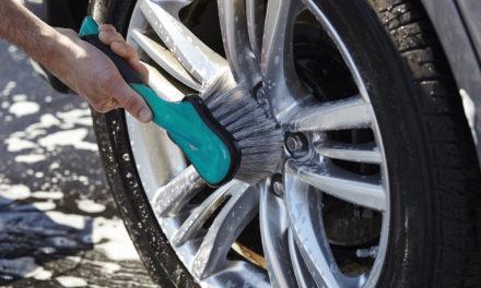 Nettoyage et entretien de vos jantes et pneus