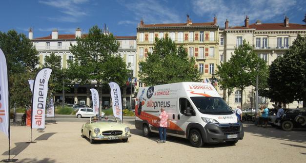 100 autos sur la N7 : l'étape Allopneus