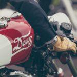 Équipements moto vintage pour un look rétro