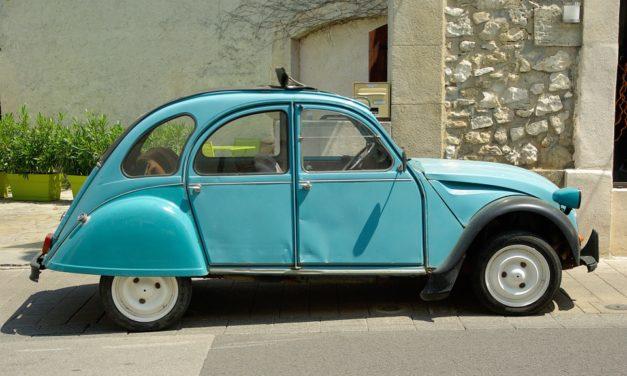 La 2CV est actuellement la voiture de collection la plus vendue en France