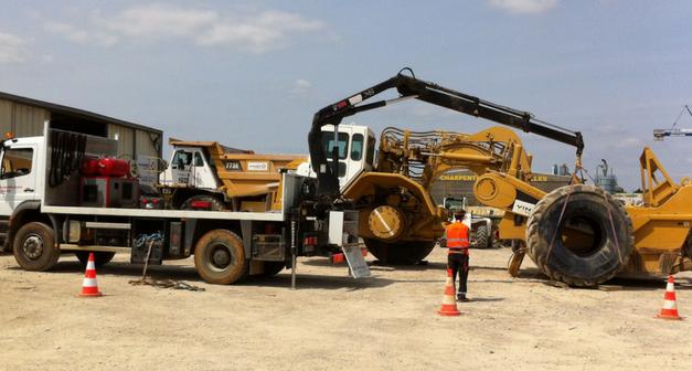 Nouveau : service de montage sur site pour les pneus génie civil
