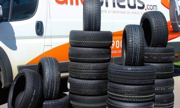 Comparatif Autobild de 10 pneus toutes saisons pour citadines et petites berlines