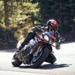 Les gammes de pneus moto/scooter Pirelli : la performance pour tous