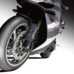 Dunlop domine les tests de pneus moto slick