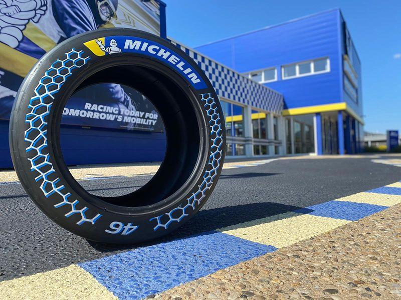 Michelin présente un pneu de compétition à base de matériaux recyclés